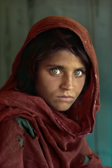 Twarz Afganistanu, jaką poznał świat. Fot. Steve McCurry (za picasaweb)