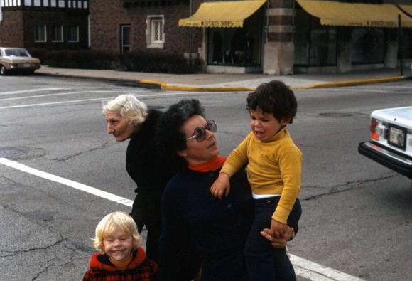 Nieliczne kolorowe kadry. Listopad 1977, Vivian Maier (fot. za vivianmaier.com)