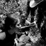Przesłuchanie podejrzanych. (Fot.Huynh Thanh My za BBC.com)